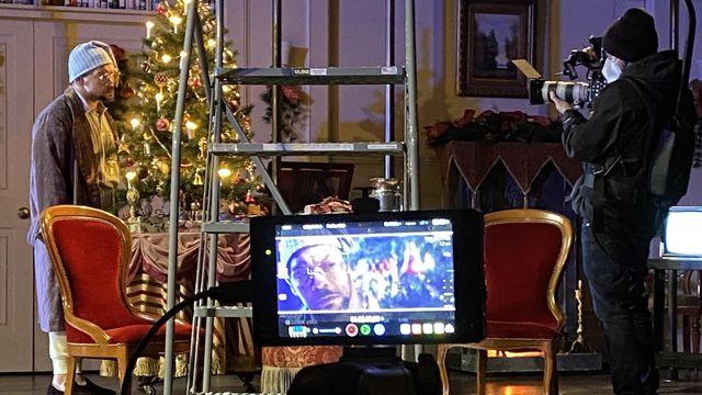 """""""Un chant de Noël"""" de Dickens de la Cie TrinityRep, filmée en 2020 pour une production vidéo, pandémie oblige. [Amanda Downing Carney - Compagnie TrinityRep]"""