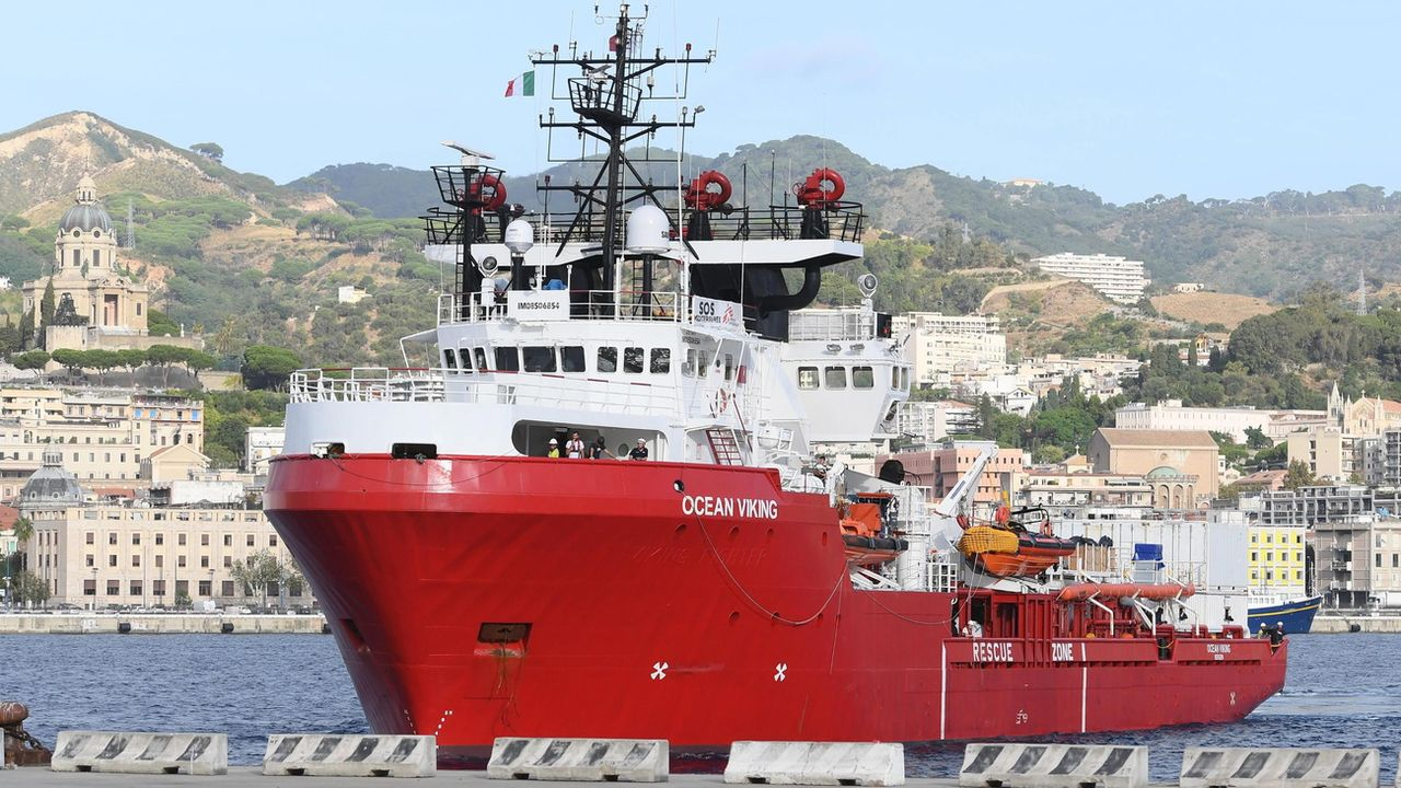 Le navire humanitaire Ocean Viking va pouvoir repartir en mission. [CARMELO IMBESI - EPA]