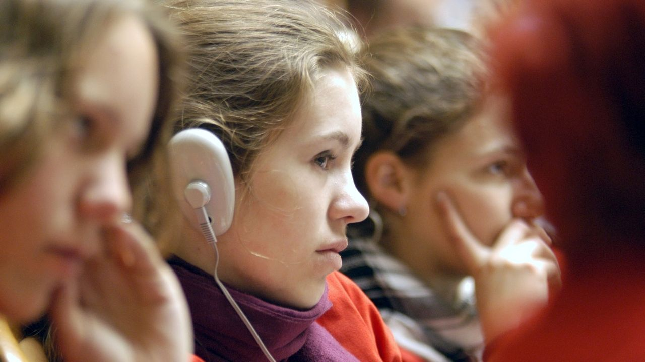 Le Valais veut donner la parole aux jeunes pour réviser sa Constitution. [Juerg Mueller - KEYSTONE]