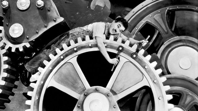 "Charlie Chaplin dans ""Les Temps modernes"". [AFP / Charles Chaplin Productions / Collection ChrisopheL]"