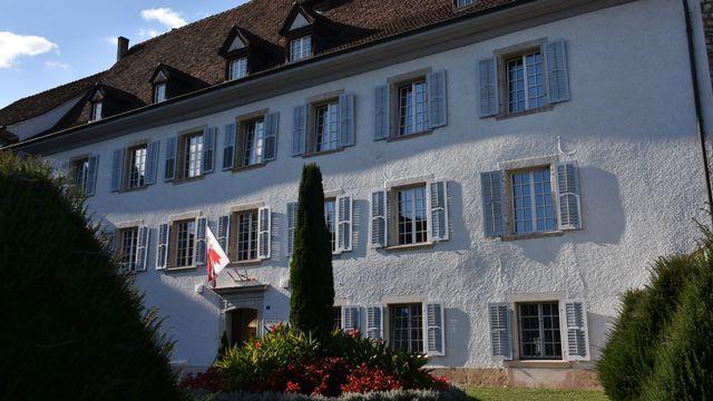 L'Hôtel du Parlement et du Gouvernement jurassien à Delémont. [Gaël Klein - RTS]