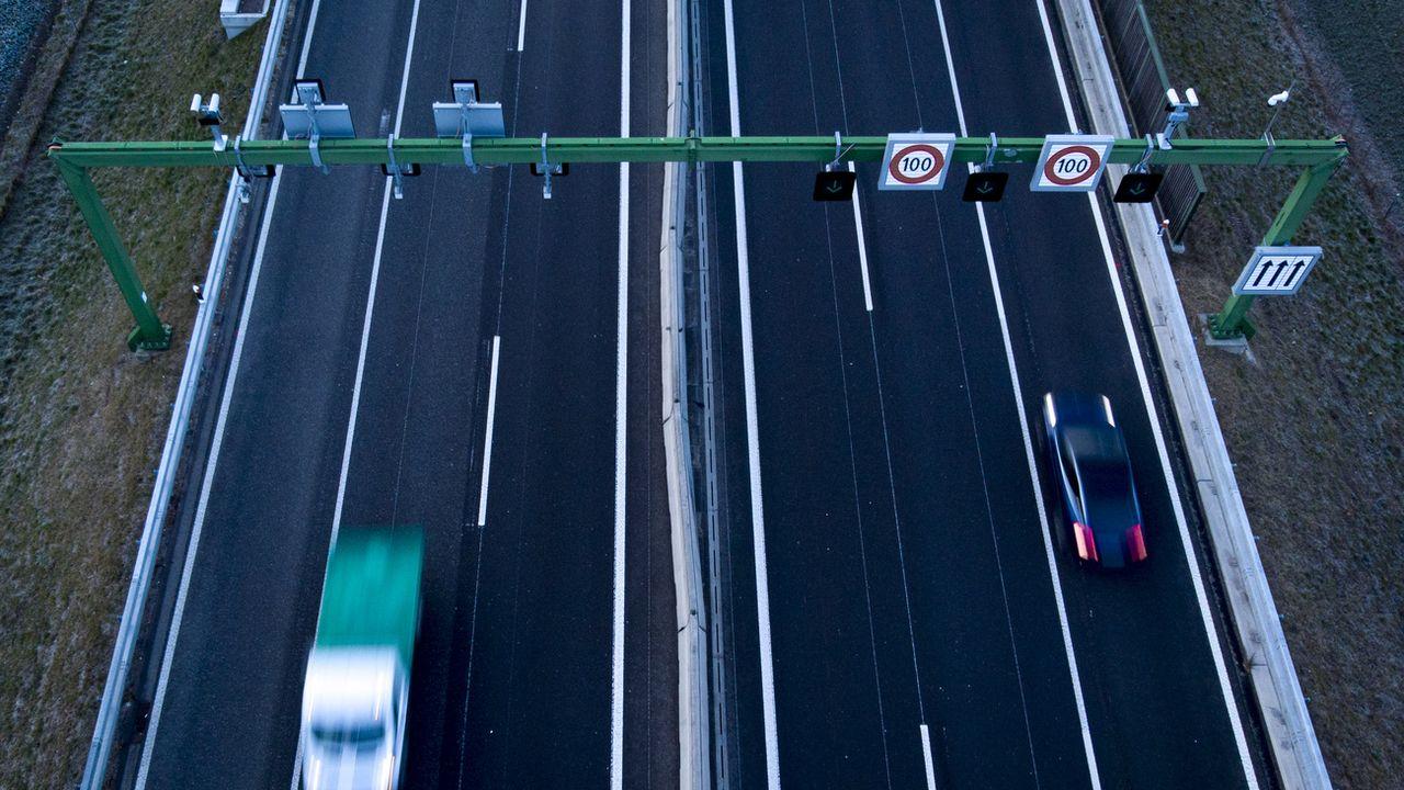 Dès le 1er janvier 2021, plusieurs nouvelles dispositions de la circulation routière entreront en vigueur.  [KEYSTONE/Laurent Gillieron - Keystone]