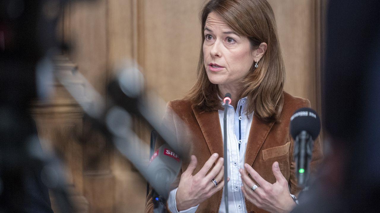Avec cette nouvelle loi sur le CO2, Petra Gössi table sur des investissements massifs dans la recherche, l'innovation et le développement. [Marcel Bieri - Keystone]