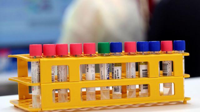 Les questions que posent les variants du coronavirus détectés dans le monde. [Denis Balibouse - Keystone/Reuters]