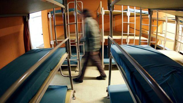 La Ville de Genève enclenche son dispositif grand froid et ajoute 24 lits supplémentaires pour les sans-abris. [Martial Trezzini - Keystone]