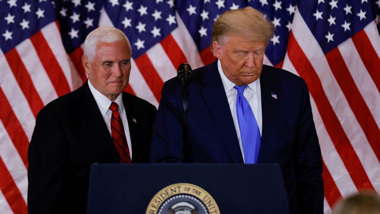 Mike Pence et Donald Trump en novembre 2020. [Carlos Barria - Reuters]