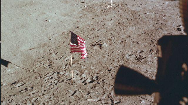 Le 21 juillet 1969, le drapeau américain est planté sur la Lune. NASA Keystone [NASA - Keystone]