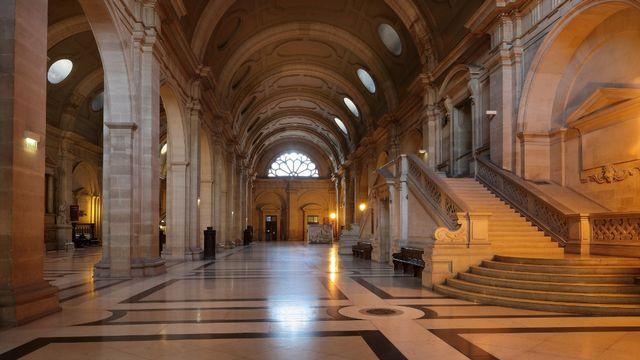 La salle des Pas perdus du Palais de Justice sur l'Ile de la Cité à Paris. [Manuel Cohen - AFP]