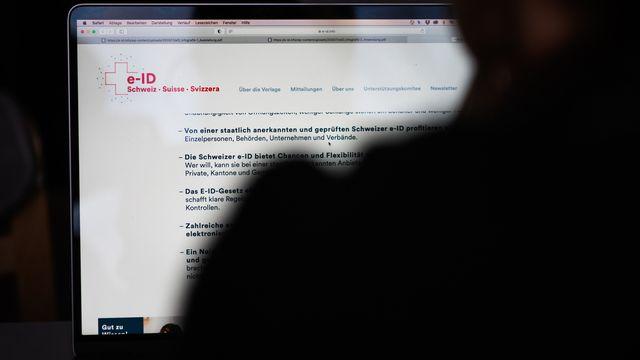 Le Conseil fédéral lance sa campagne sur l'identification électronique (e-ID). [Christian Beutler - Keystone]