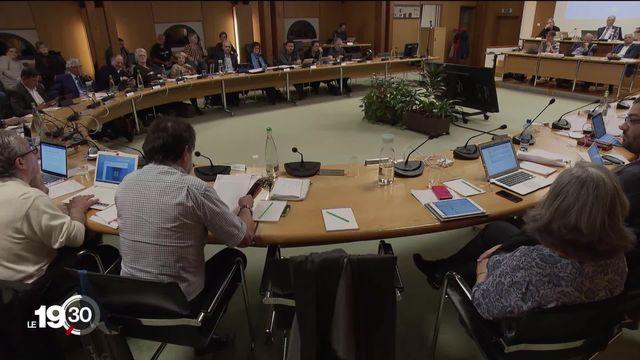 Le point sur les démissions dans les parlements communaux genevois durant la dernière législature [RTS]
