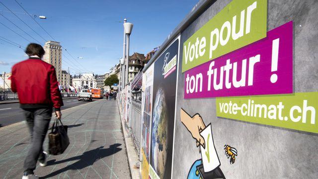 Une affiche des Jeunes Verts à Lausanne lors de la campagne pour les élections fédérales de 2019. [Laurent Gillieron - Keystone]