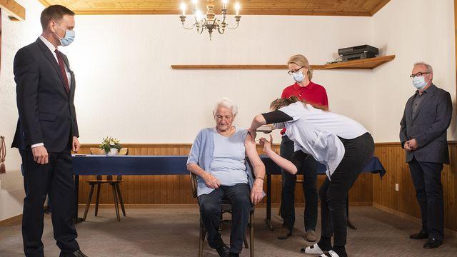 Vaccination en EMS. [Ennio Leanza - Keystone]