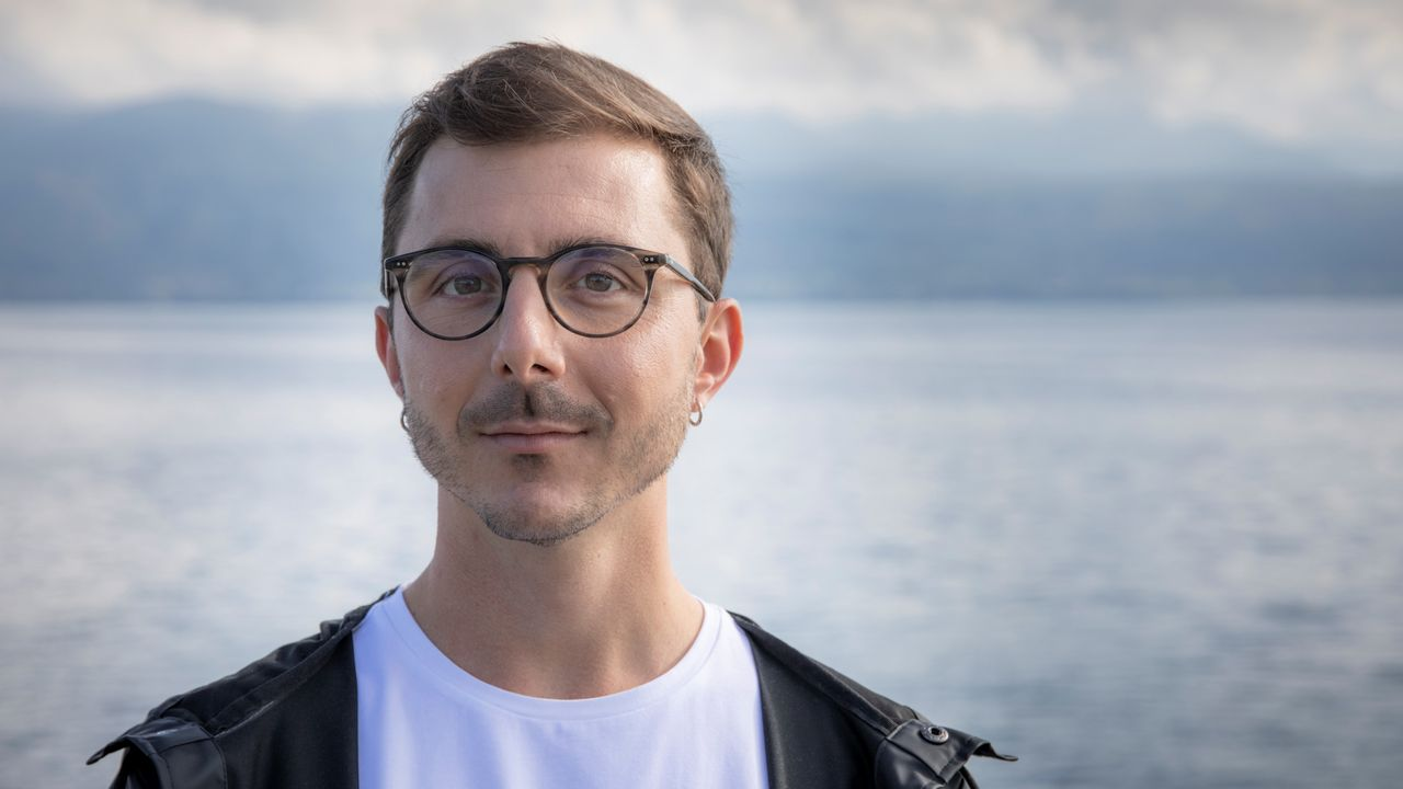 L'écrivain suisse Bruno Pellegrino. [Romain Guélat - Éditions Zoé]