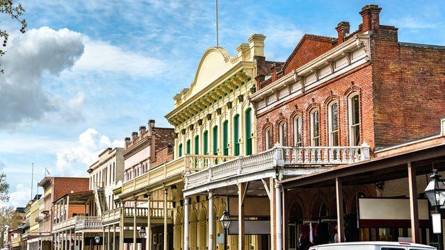 Old Town Sacramento, quartier historique de la ville de Sacramento aux Etats-Unis. [Leonid_Andronov - Depositphotos]