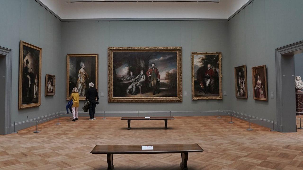 """Une des salles du Metropolitan Museum of Art à New York lors de l'exposition """"A New Look at Old Masters"""", en décembre 2020. [TIMOTHY A. CLARY - AFP]"""