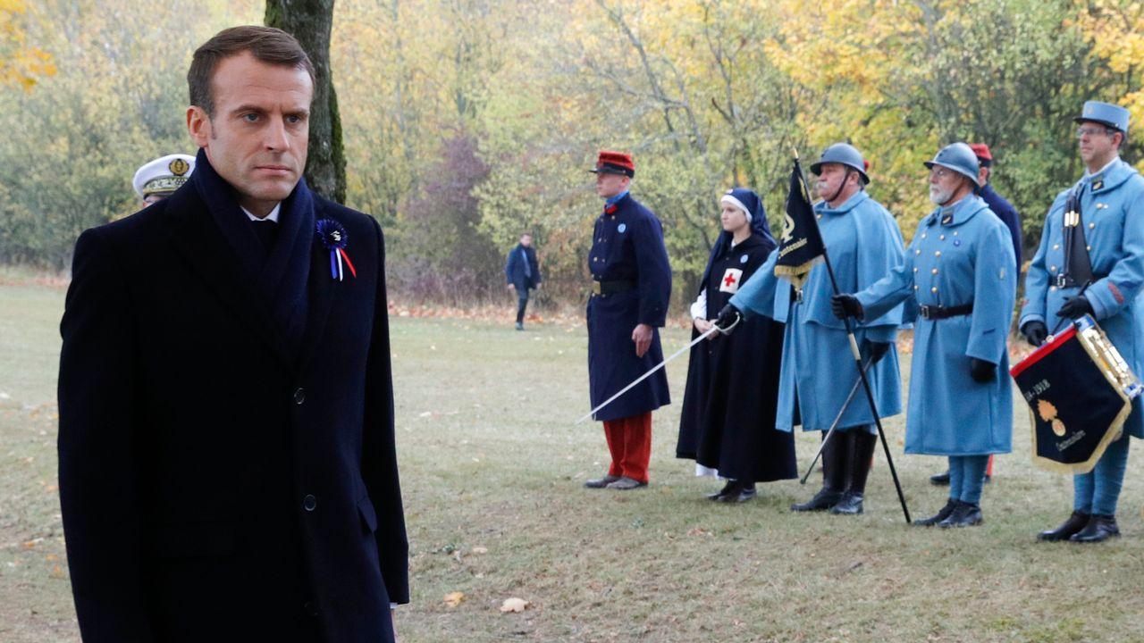 Deux nouvelles inculpations pour un projet d'attaque contre Emmanuel Macron en 2018. [Philippe Wojazer - AFP]