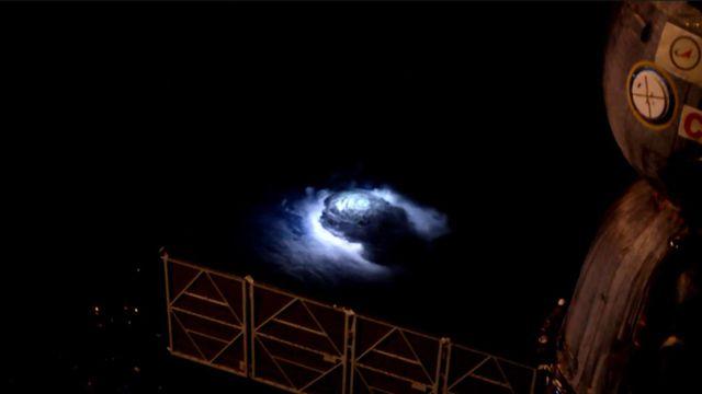 Orage depuis la Station Spatiale Internationale (ISS) - 2015 [Andreas Mogensen - ESA]