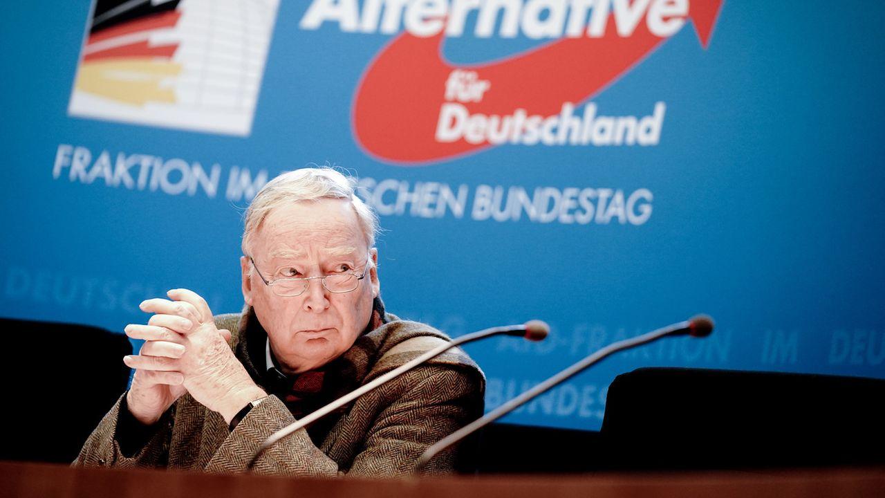 Alexander Gauland, le chef du groupe de l'Alternative für Deutschland au Parlement allemand, lors d'une conférence de presse. [Kay Nietfeld - Keystone/dpa]