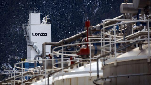 Le site de Lonza, photographié en octobre 2012 à Viège, en Valais. [Olivier Maire - Keystone]