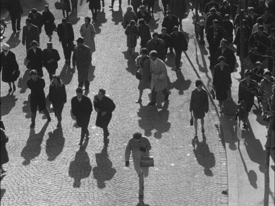 Les Suisses de 1962 sont-ils pour ou contre le suffrage féminin ? [RTS]