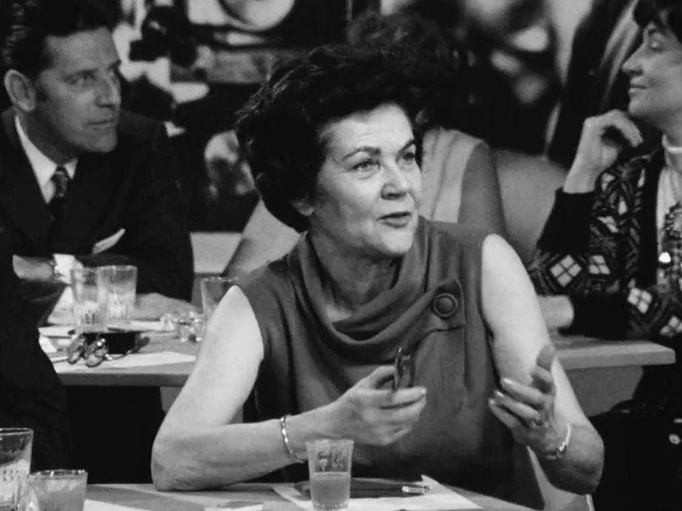 La présidente de l'Association suisse pour le suffrage féminin Gertrude Girard-Montet, lors d'un débat télévisé à quelques jours du vote du 2 février 1971. [RTS]