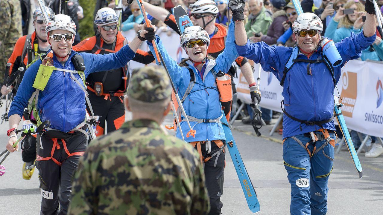 """L'armée avait suspendu en novembre sa collaboration avec l'Association de soutien, de gestion et de promotion de la Patrouille des Glaciers (ASPdG) l'invitant à """"régler ses problèmes internes"""". [Anthony Anex - Keystone]"""