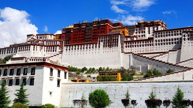 Le palais du Potala à Lhasa. [Bai mu / Imaginechina - AFP]