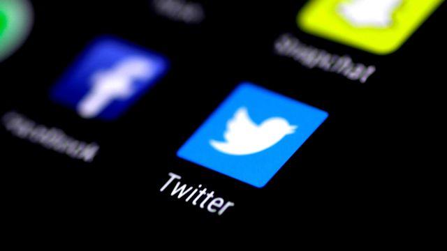 Le logo de Twitter sur un écran de smartphone. [Thomas White - Reuters]
