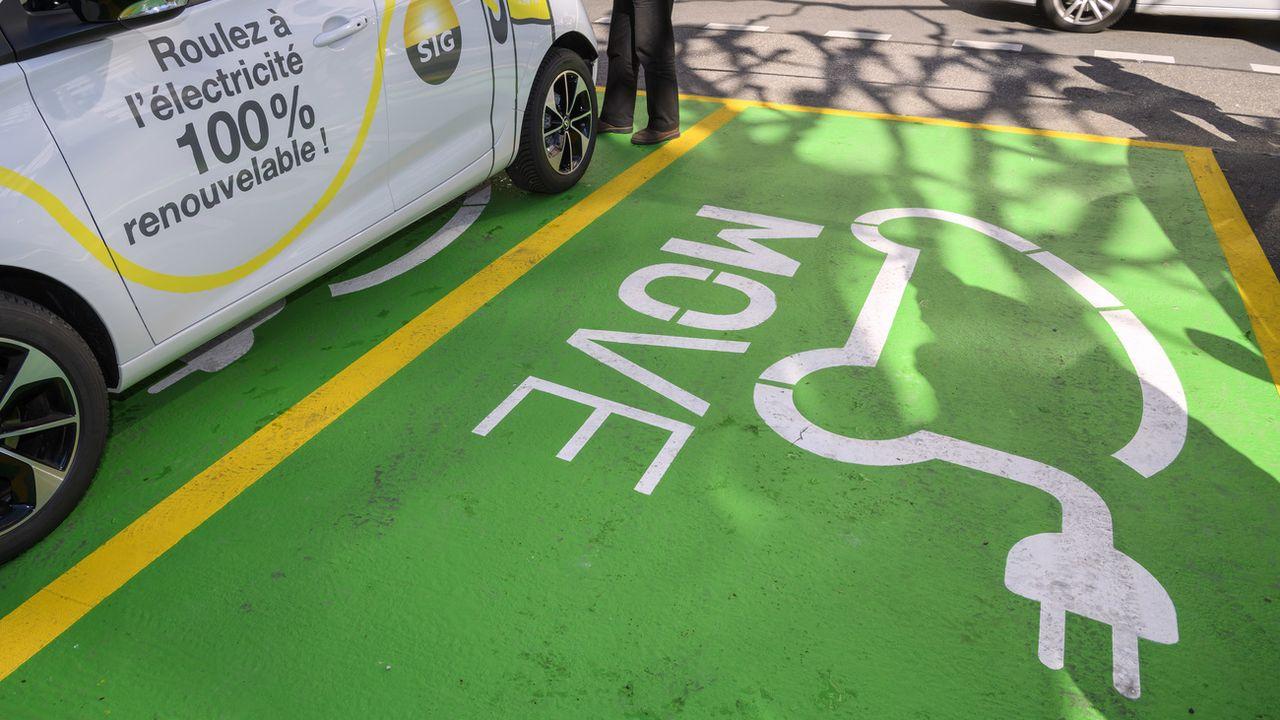 Le canton de Genève veut un parc automobile plus écologique. [Martial Trezzini - KEYSTONE]
