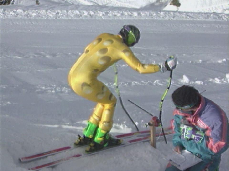 Les combinaisons de l'équipe suisse de ski [RTS]
