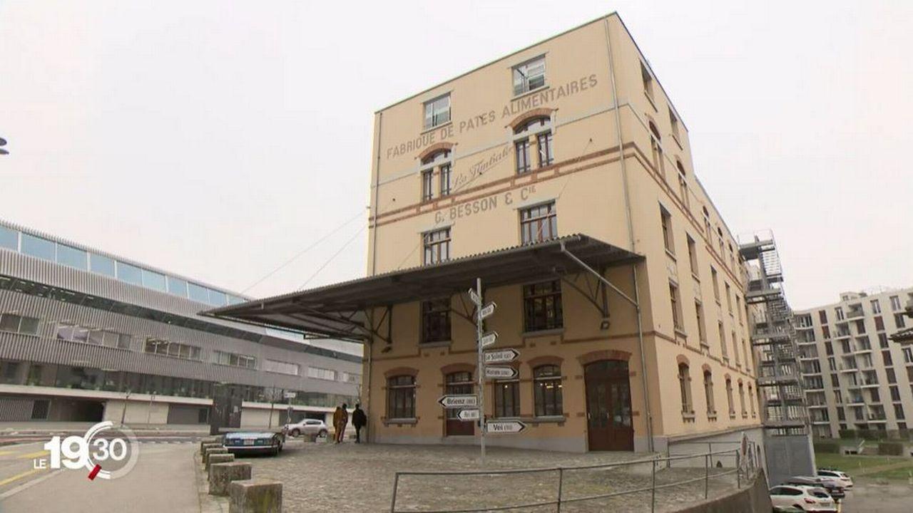 Le Conseil d'Etat fribourgeois suspend trois professeurs de l'école d'art Eikon. [RTS]