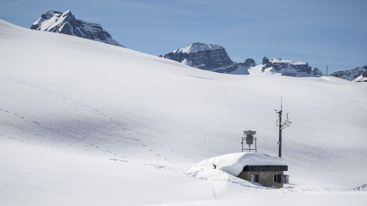 La station météo de Glattalp, aux confins du canton de Schwyz. [Urs Flueeler - Keystone]