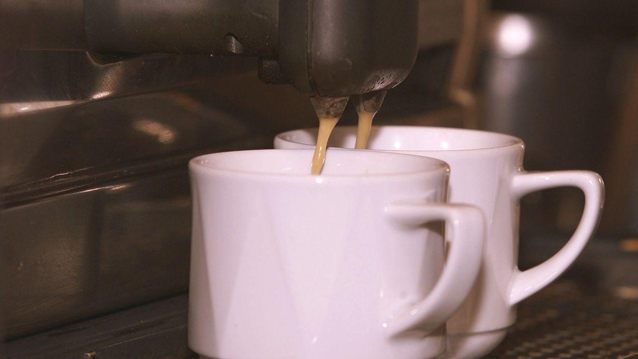 La caféine ne perturbe pas le sommeil des consommateurs réguliers. [Franco Greco - KEYSTONE]