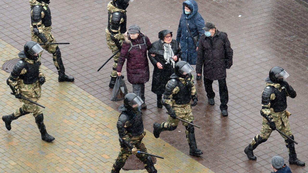 Le régime biélorusse a procédé à de multiples perquisitions. [STR - EPA]