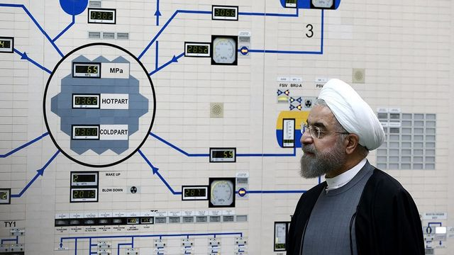 Le président iranien, Hassan Rohani, dans la centrale nucléaire de Bouchehr en 2015. [Mohammad Berno - afp]