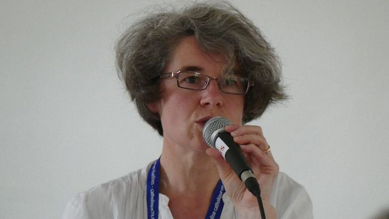 Nathalie Becquart, sous secrétaire du Synode des Évêques. [Peter Potrowl - Wikimedia]