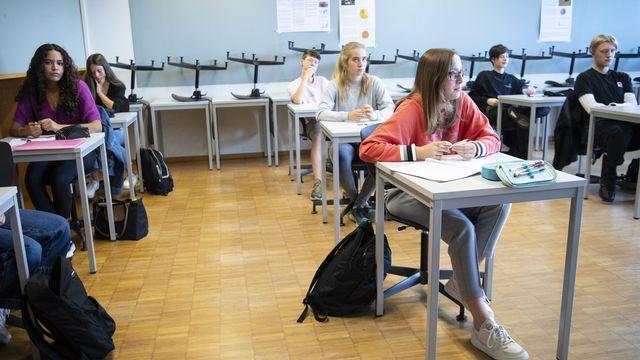 Un dépistage massif d'élèves est effectué à La Chaux-de-Fonds (NE). [Laurent Gillieron - KEYSTONE]