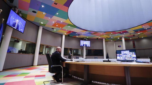 Les dirigeants de l'UE ont entamé jeudi un sommet virtuel, mené par Charles Michel, président du Conseil, pour tenter d'afficher un front commun face à la menace des variants du coronavirus. Bruxelles, le 25 février 2021. [Olivier Hoslet/Pool via AP - Keystone]