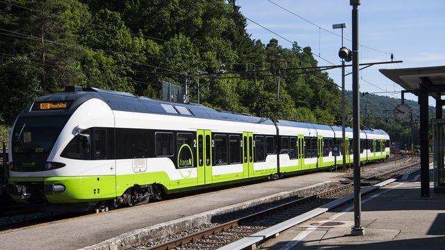 La ligne sera entièrement interrompue jusqu'à fin octobre 2021. [Jean-Christophe Bott - Keystone]