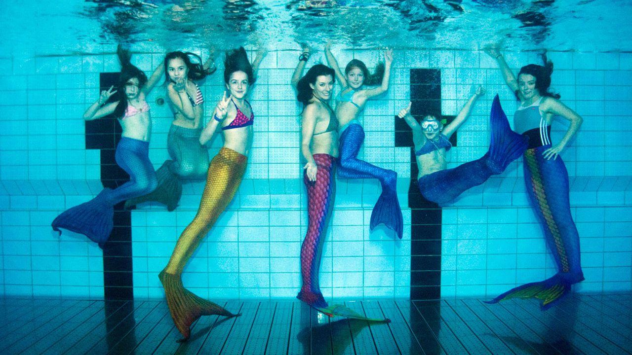 Le but du mermaiding est de réaliser des figures avec une sorte de costume de sirène. [Fabrice Descaves - DR]