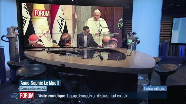 """Le pape dénonce en Irak les """"barbaries insensées"""" de l'EI contre les Yézidis [RTS]"""