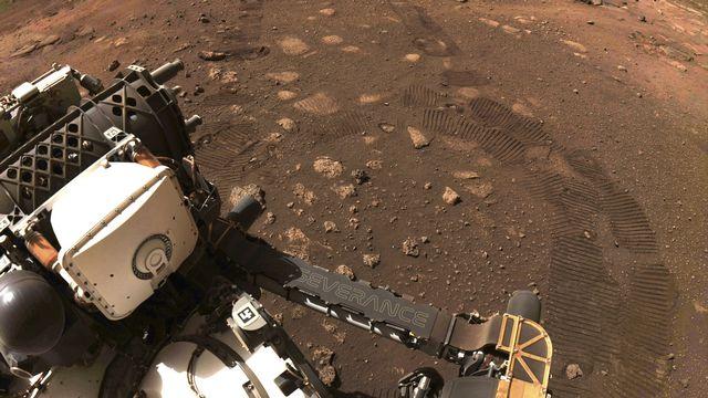 Le robot Perseverance a parcouru ses premiers mètres sur Mars. [NASA - AP]