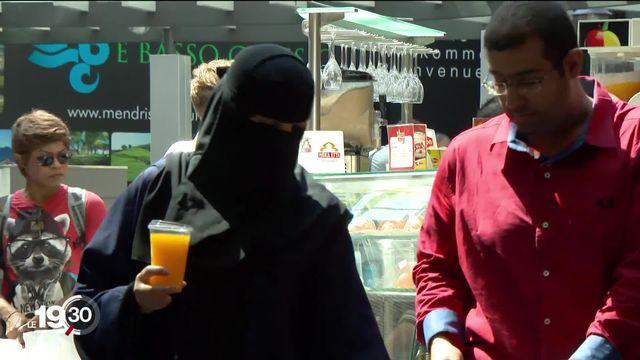 L'initiative dite anti-burqa a séduit bien au-delà des rangs de l'UDC [RTS]