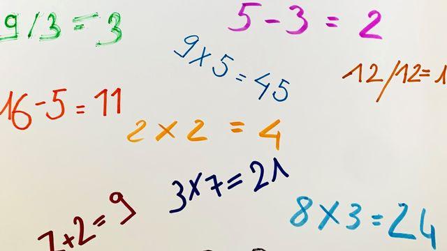 """""""Les mathématiques"""", un dessin réalisé par Noémie. [Noémie]"""