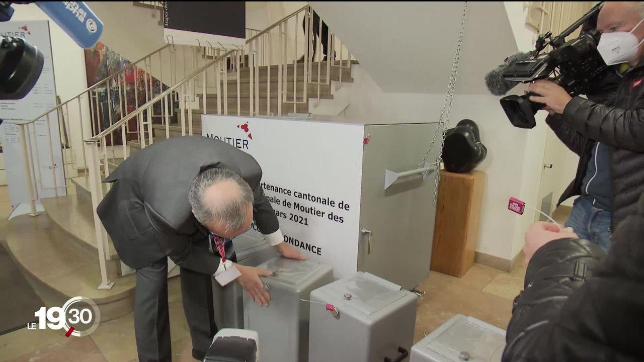 Moutier reçoit l'aide de la Confédération pour s'assurer un vote incontestable sur son appartenance cantonale [RTS]