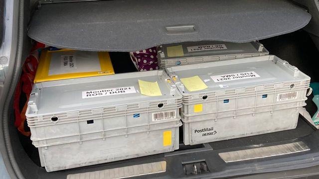 Du matériel de vote pour les pensionnaires des EMS. [Gaël Klein - RTS]