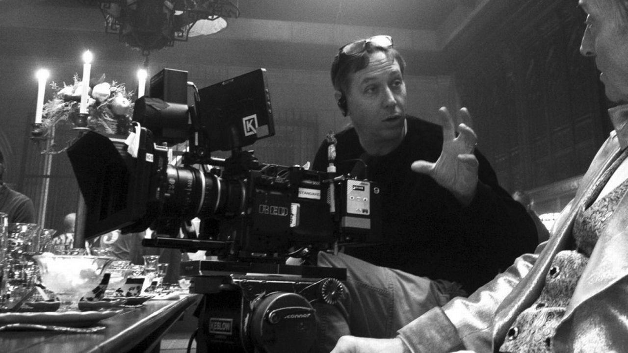 """Tourné en noir et blanc, Mank de David Fincher retrace la vie du scénariste du film """"Citizen Kane"""". [Netflix - Collection ChristopheL via AFP]"""