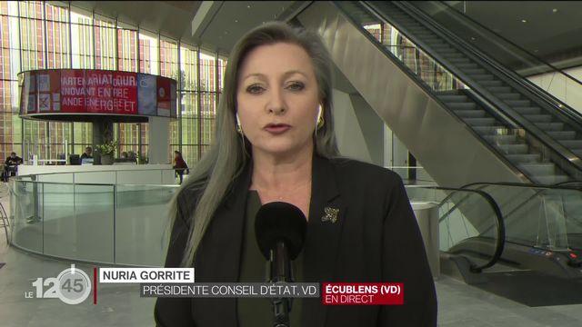 """Nuria Gorrite: """"Face à une pandémie mondiale, il fallait une stratégie nationale et pas 26 décisions différentes"""" [RTS]"""