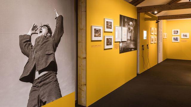 """Chaplin's World commémore les 80 ans du film """"Le Dictateur"""" avec une nouvelle exposition temporaire à voir jusqu'au 29 août 2021. [Marc Ducrest/Chaplin's World - Bubbles Incorporated]"""