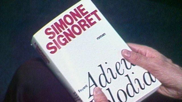 Simone Signoret publie son 3ème roman chez Fayard [RTS]